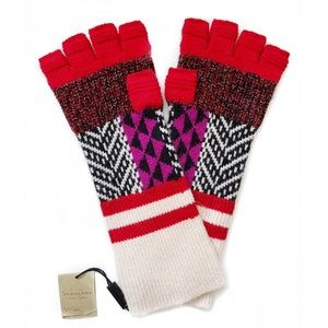 BURBERRY Wool/Cashmere Blend Gloves - NWT